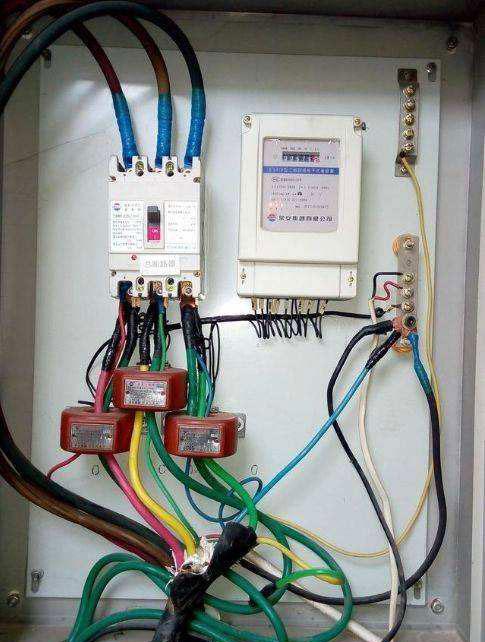 电流互感器实物接线图